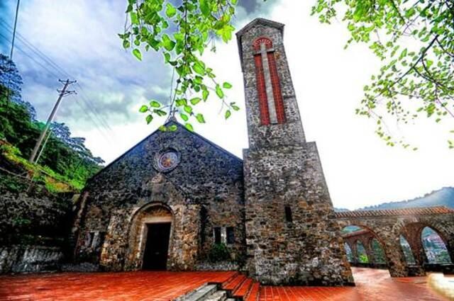 Nét cổ kính của nhà thờ Tam Đảo