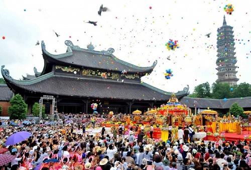 lễ hội truyền thống chùa bái đính