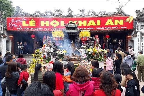 Lễ hội truyền thống đền Trần - Nam Định